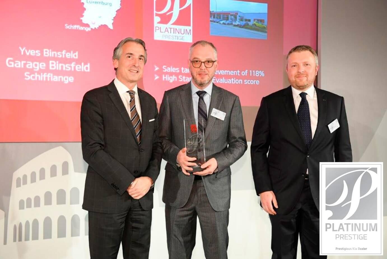 Garage Binsfeld reçoit le Prix KIA  « Platinum Prestige »